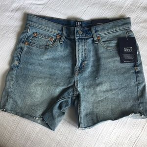 Gap shorts new